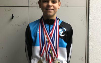 9 Districtskampioenen Judo voor Van Buel Sports