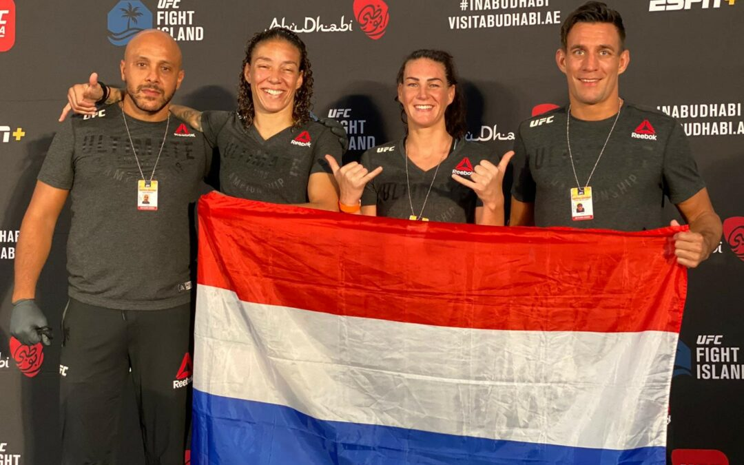 Germaine de Randamie wint op submission!